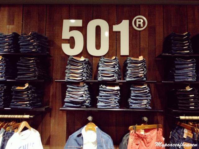 Levi's 501 Singapore